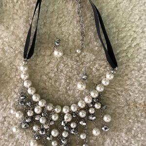 AynoteCoutour Jewelry - Necklace Set
